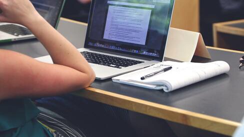 女生学软件工程技术难不难?