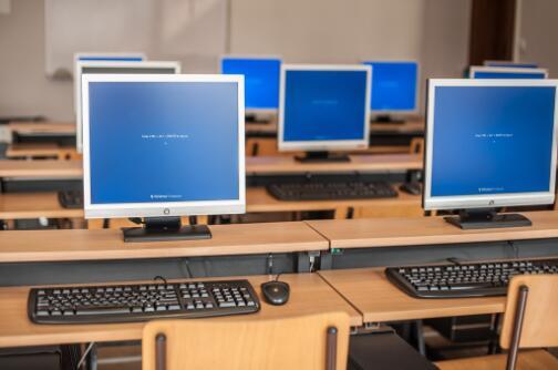 计算机哪些专业适合初中生学习呢